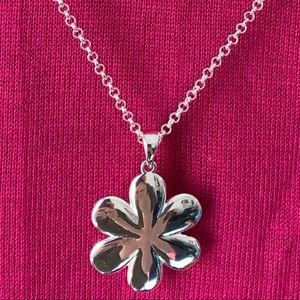 Roberto by RFM puffy silvertone flower necklace